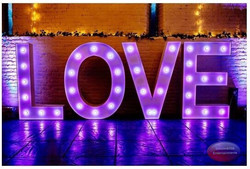LOVE letters for hire at Ufton Court