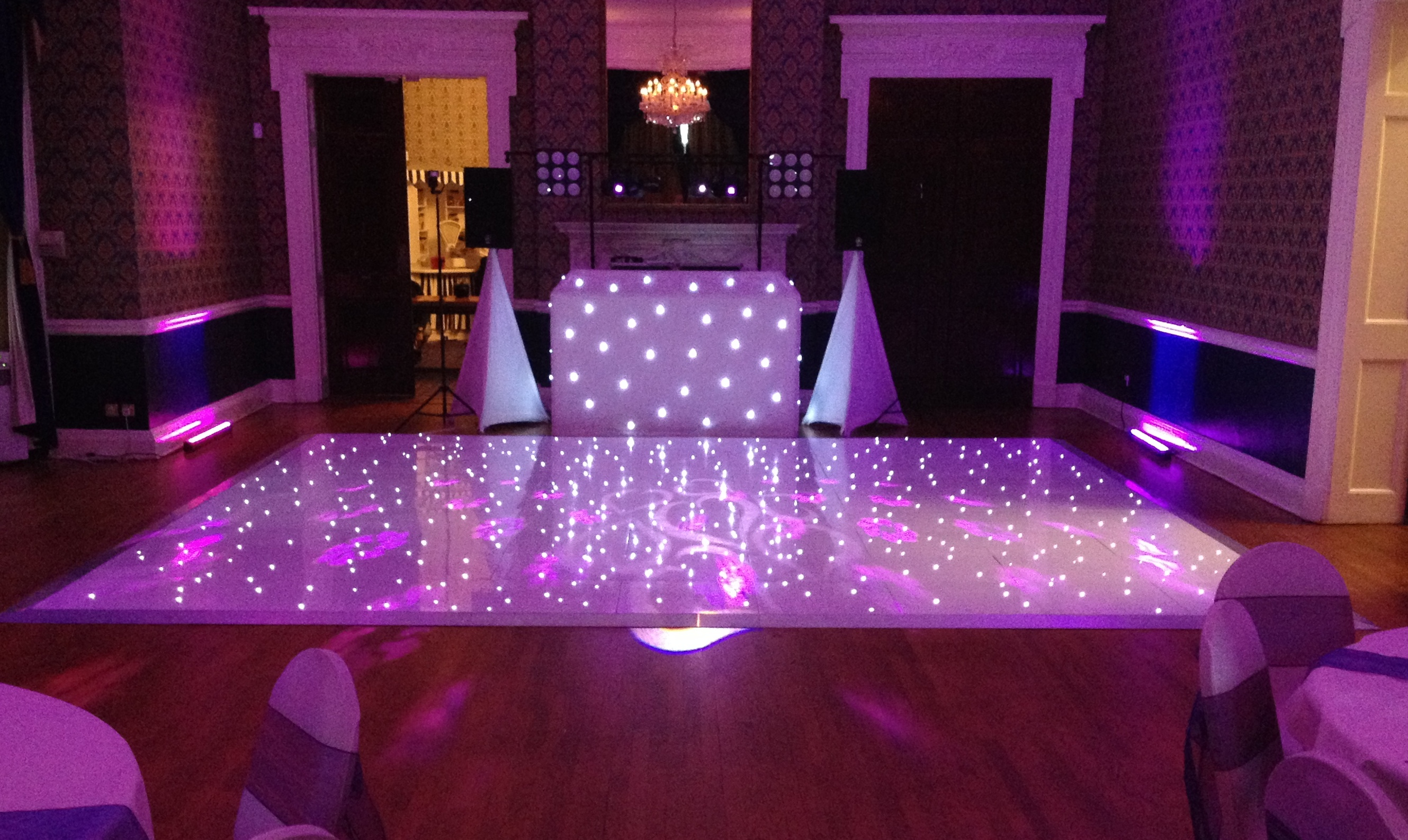 Led dance floor and wedding dj