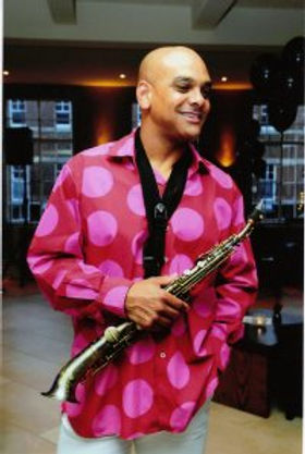 Saxophonist player for weddings