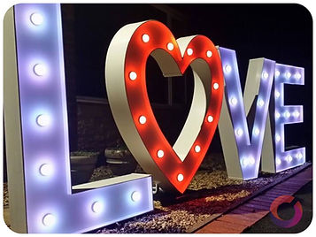 Led LOVE letters with heart