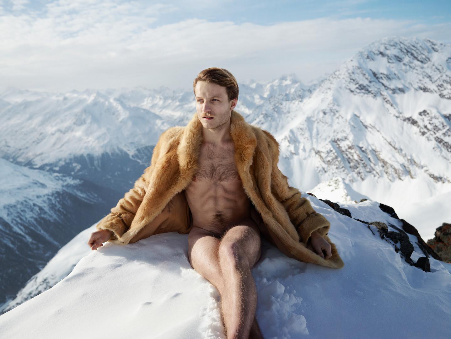 25andykassier naked snow.jpg
