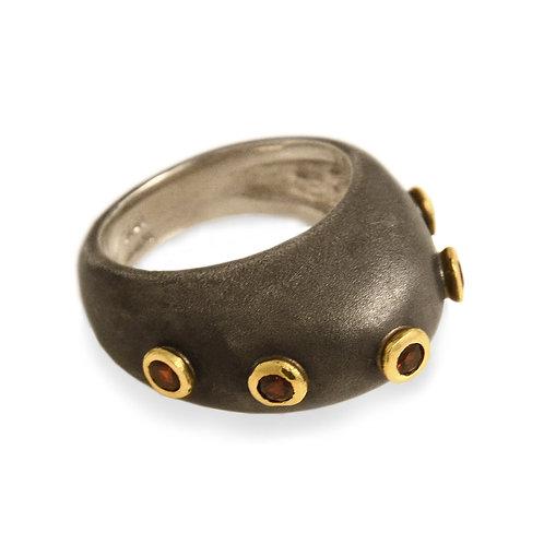 Djenné Garnet Studded Dome Ring