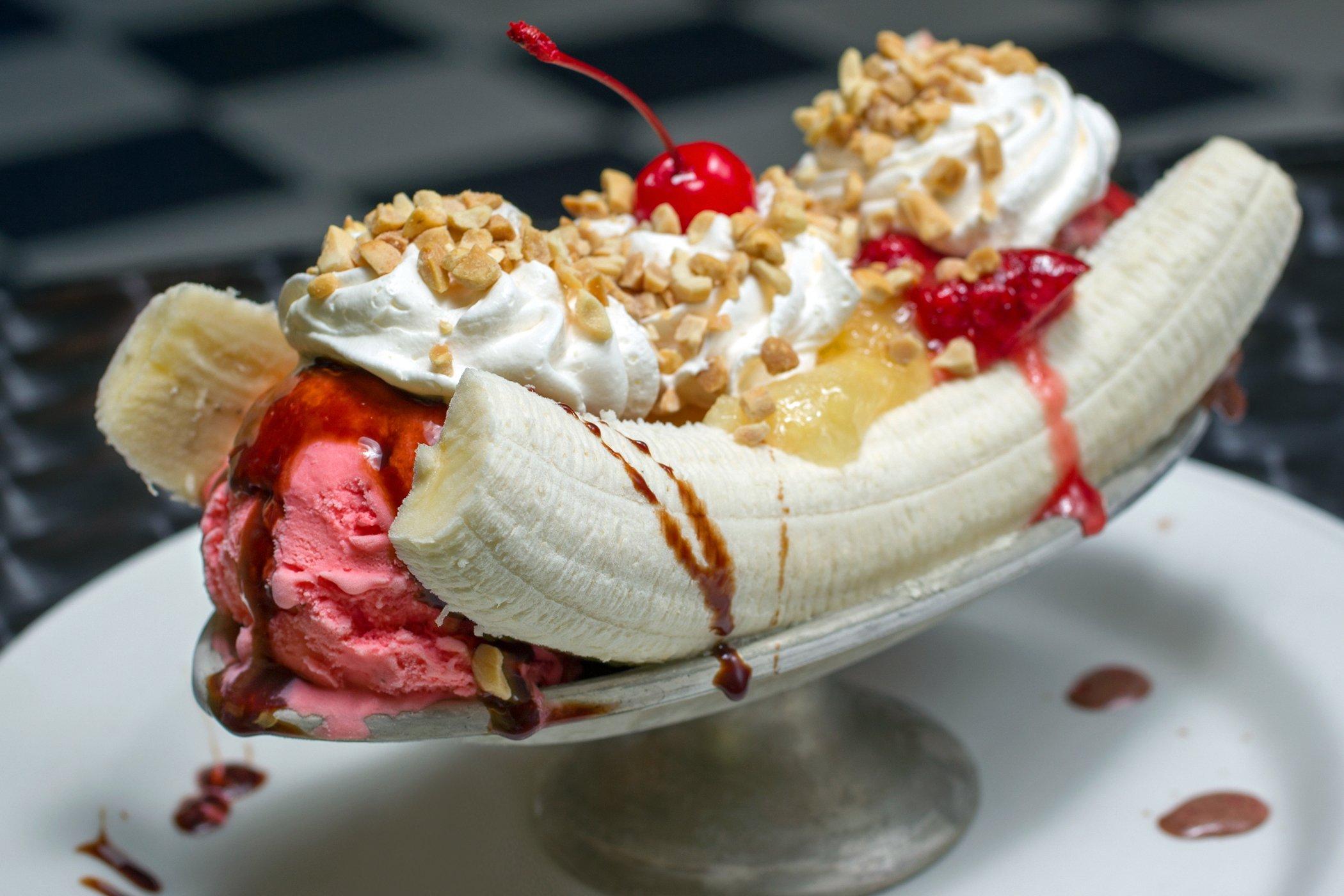 banana-split-ice-cream-dessert-sweets-sugar-1bananasplit-wallpaper-3