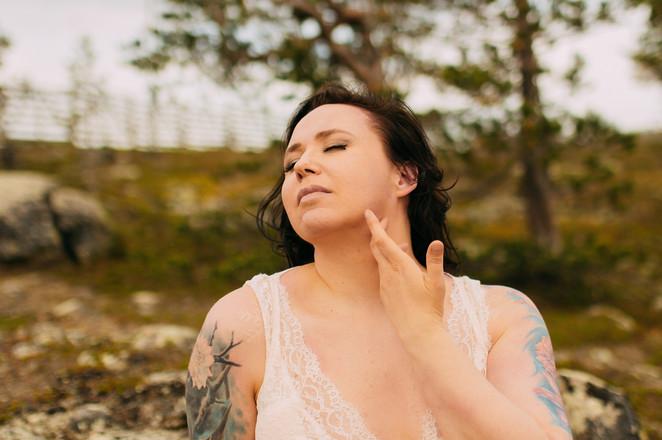 boudoirkuvaus Oulu valokuvaaja Tiia Juutinen 2.jpg