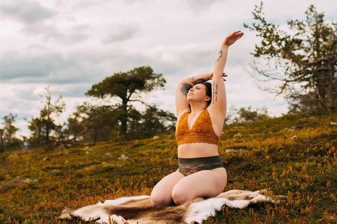 boudoirkuvaus Kittilä valokuvaaja Tiia Juutinen 3.jpg