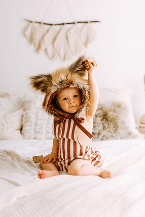 lapsikuvaus yksivuotiskuvaus studiossa Oulu Valokuvaaja Tiia Juutinen 2.jpg