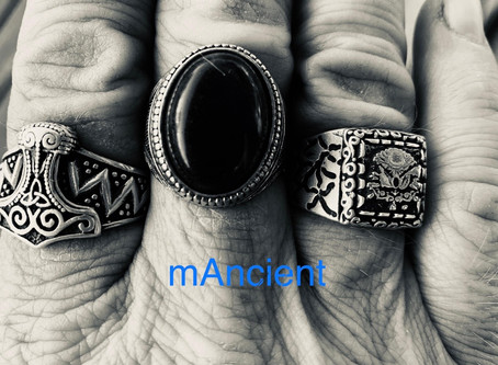 mAncient releases mesmerising electro single HRU@8