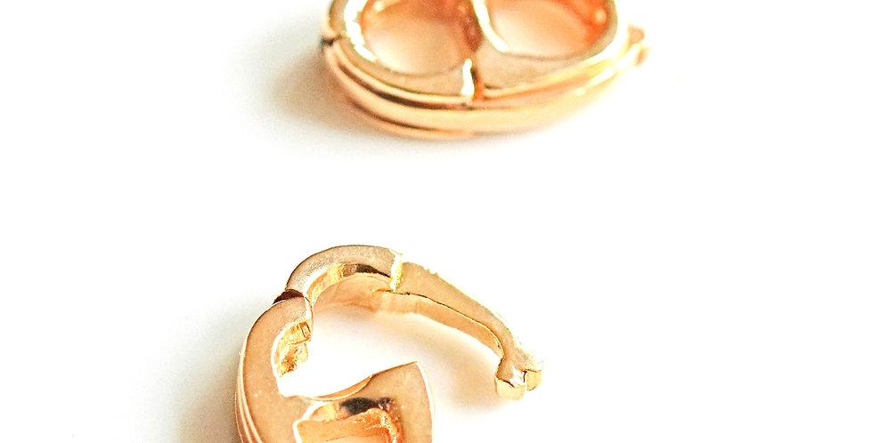 Linking Gold Hook