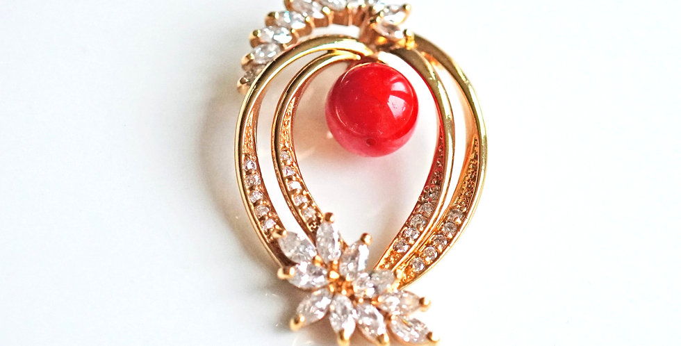 Marquise Gold Pendant