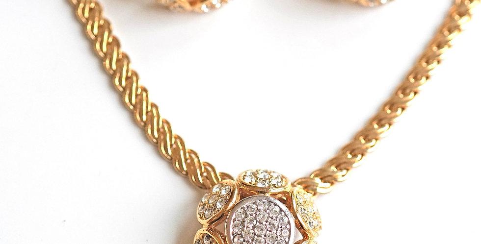 Rare Gold Pendant Set