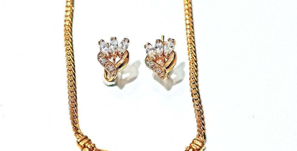 Exotic Necklace Set