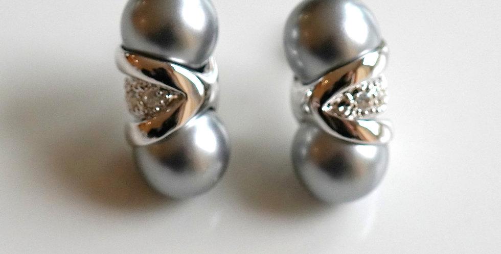 Twin Pearl Earrings