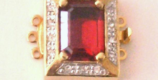 Gold Mini Red Clasp