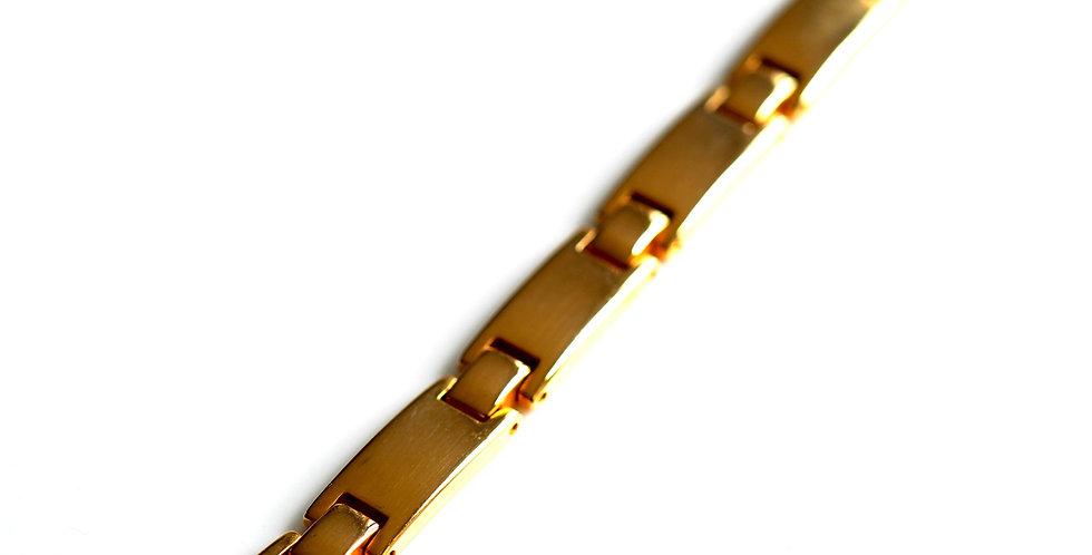 Melanie Gold Bar Bracelet