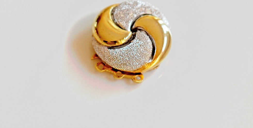Gold Moon Clasp
