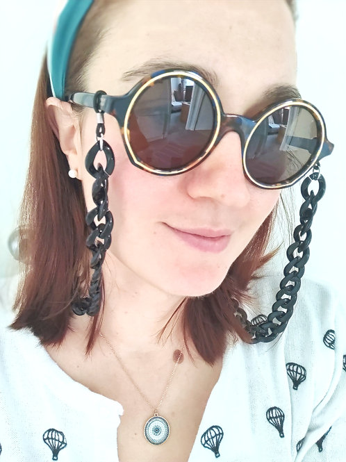 Black Sunglasses Chain and Mask Garland