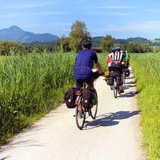 cyclists-847896_640 (1).jpg