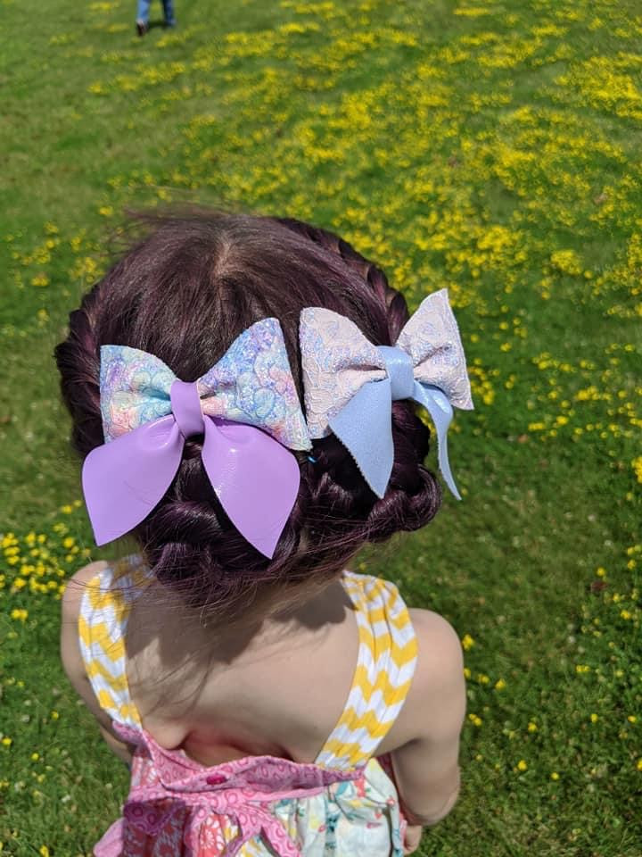 "3.5""ish Sailor Bows"