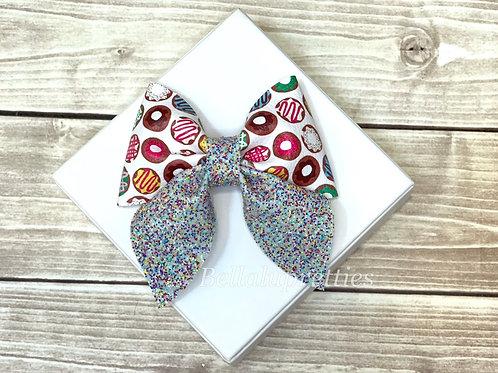 Doughnuts Sailor Bow