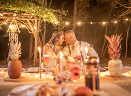 Married & Mimosas   Clay + Victoria   A Summer Sunrise Styled Wedding