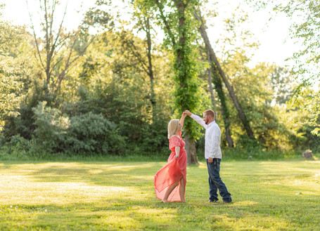 Zach + Katelyn Engaged | Romantic Breathtaking Engagement Session | Southern Illinois