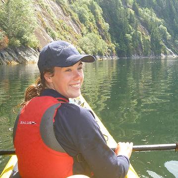 Ellen Boardman - Sea Kayak Jervis Bay.jp