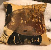 Handtryckt kudde på bommullssammet, framsida