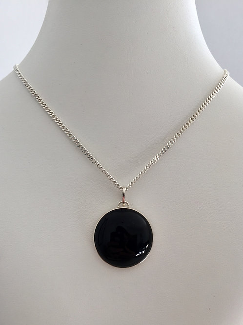 THE B NECKLACE / SILVER / ONYX