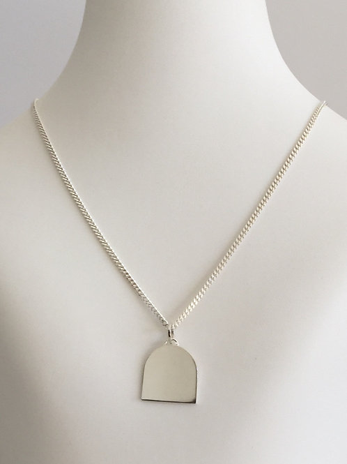 THE ARCH NECKLACE / SILVER