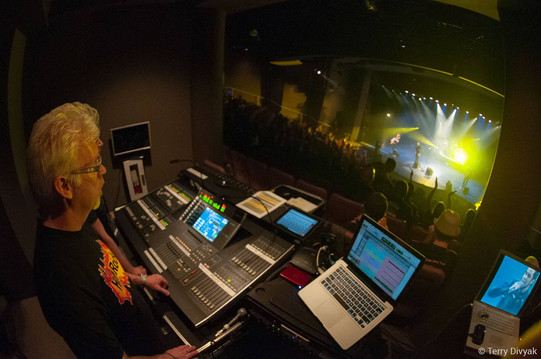 Backsatge soundboard at Hot Rocks Awards show