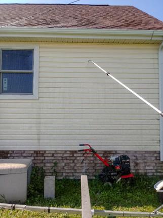 Pressure Washing a House in Joplin