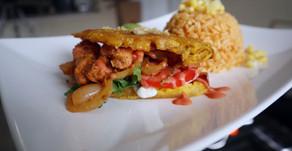 """Jibarito Sandwich & """"Bistec Encebollado"""
