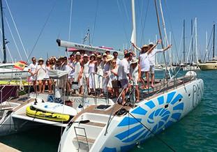 Despdida de soltero y soltera en catamarán en Palma