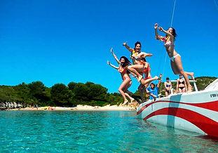 Excursión de un día en catamarán en exclusiva en Menorca