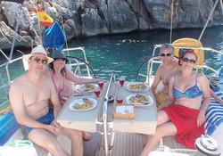 Comer en el velero