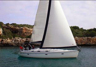 Alquiler de velero en exclusiva con patrón en Portocolom por días