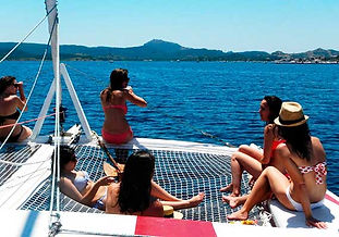 Excursión de medio día en catamarán en Menorca en exclusiva