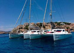 2 catamaranes