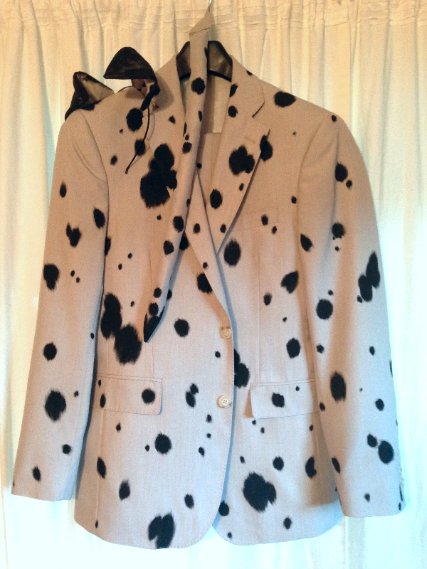 Dalmatian suit - fabric paint