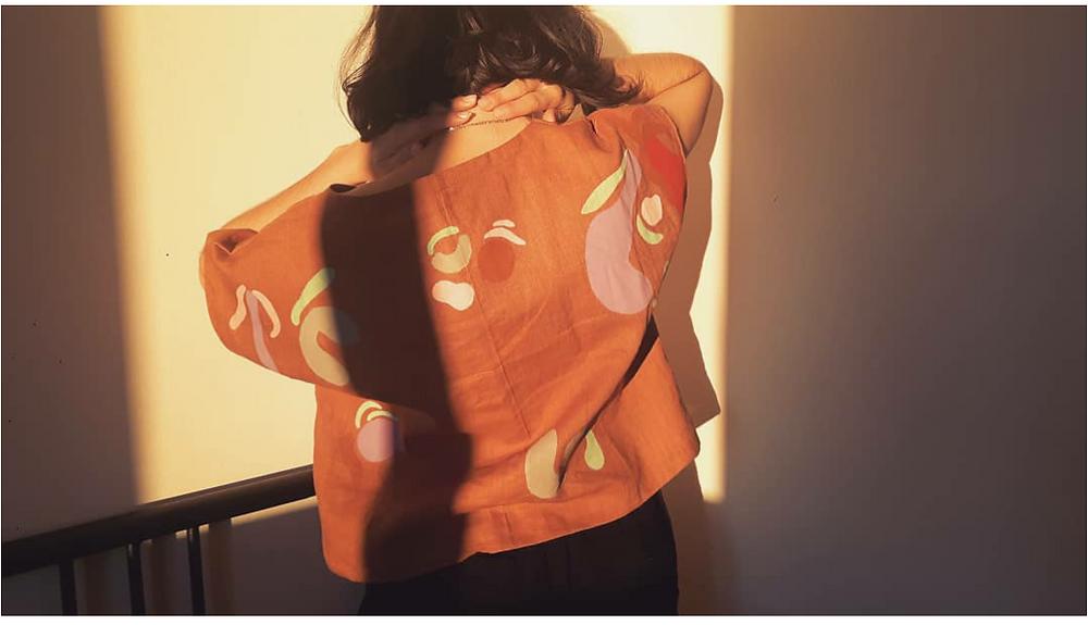 patron couture top kimono en lin peint à la main