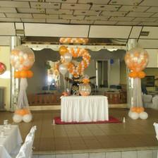 Γεμιστά μπαλόνια με ήλιον, καρδιά και μπουκέτα για τραπέζια