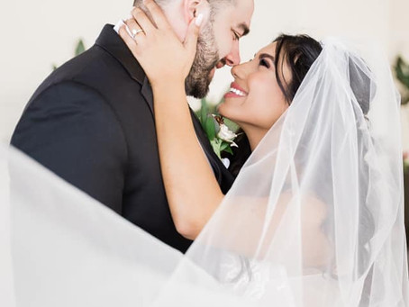 A Glam Wedding for the Glitz Lovers