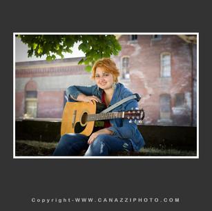 High School Senior Gal with guitar Vancouver Washington_206.jpg