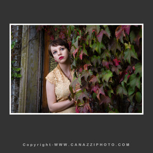 High School Senior Gal with fall colored foilage Vancouver Washington_275.jpg
