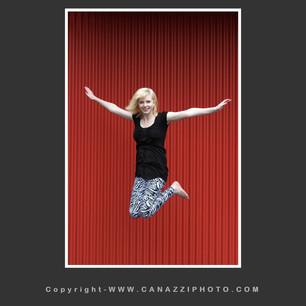 High School Senior Gal in Urban Portland Oregon jumping up _327.jpg