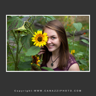 High School Senior Gal with sunflower over one eye Vancouver Washington_224.jpg