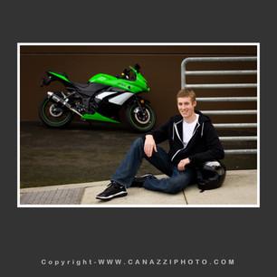 High School Senior Guy with motorcycle Vancouver Washington_209.jpg