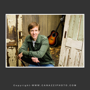 High School Senior Boy with guitar outdoors in Vancouver Washington_102.jpg
