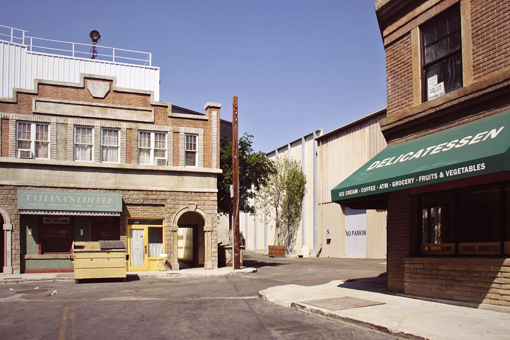 Paramount 08.jpg