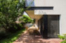 MODERN-ARCHITECTURE-VILLA-NES-ZIONA-DESI